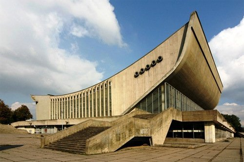 Parallels.-Lithuanian-architecture-three-eras-three-faces_imagelarge