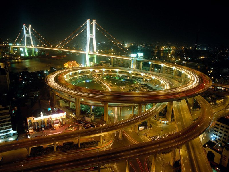 Nightniew Nanpu Bridge