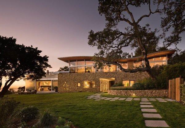 Coastlands-House-exterior