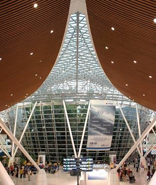 201001-w-airport-malaysia