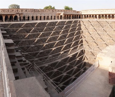 201201-w-crazy-staircases-chand-baori