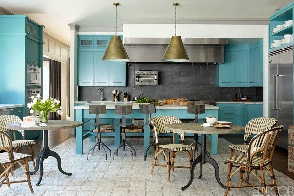 Bobby-Flays-turquoise-kitchen-Hamptons