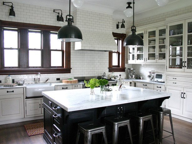 DP_Zaveloff-white-kitchen-cabinets_s4x3_lg