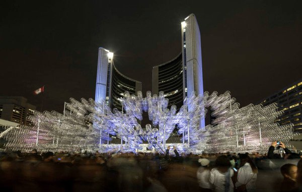 ai-wei-wei-forever-bicycles-nuit-blanche-toronto-2013-3-e1381777854851
