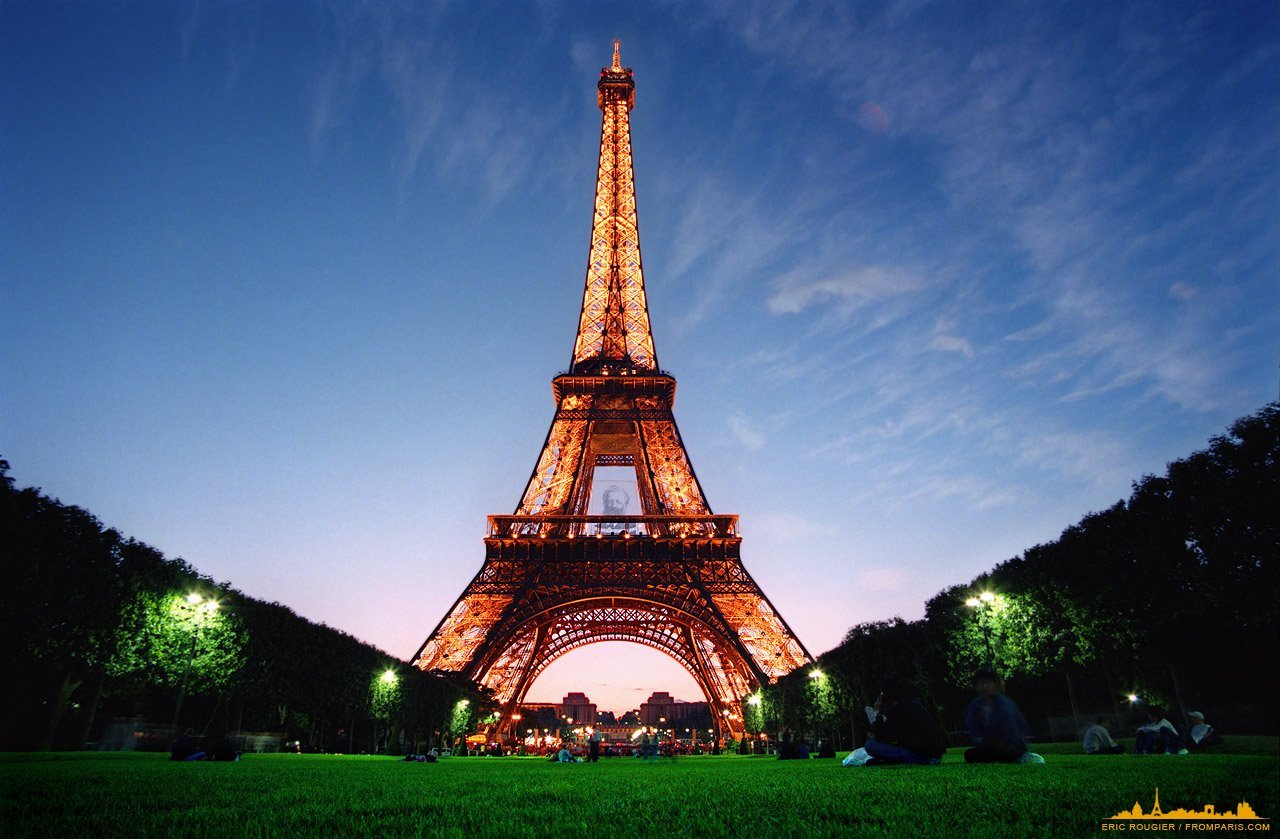 the history and architecture of the eiffel tower