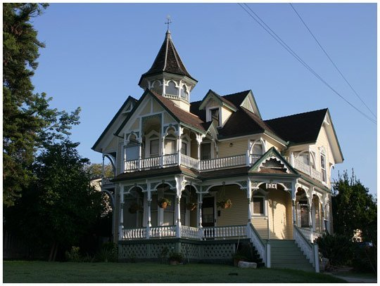 Country style, the top floor was typically used by women to look out when their husbands came home. Source credit: http://www.homenhome.org/victorian-house-styles-architecture-glance.html