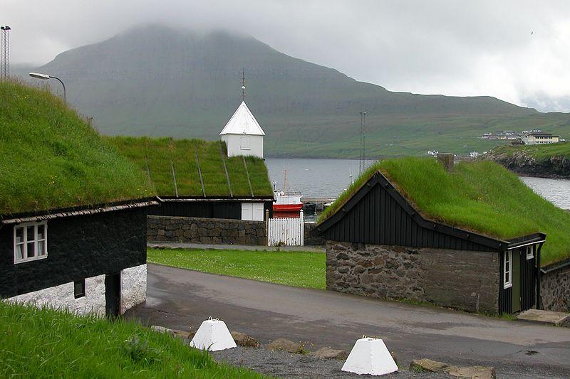 800px-Norðragøta,_Faroe_Islands_(2)