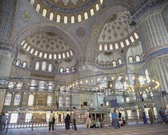 Sultan-Ahmed-Mosque-in-Istanbul-Turkey-4