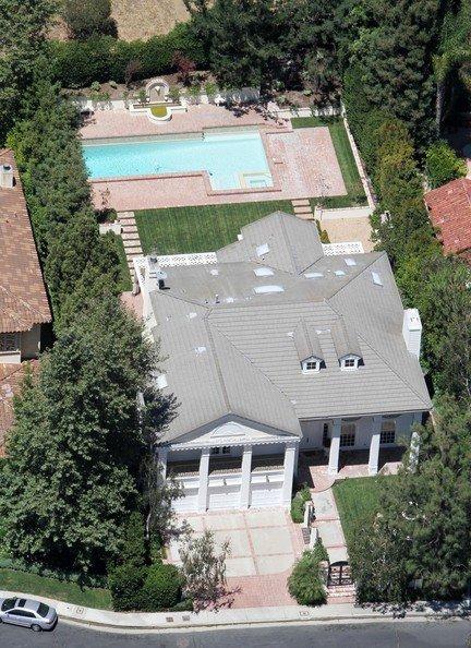 Hilary+Duff+Mike+Comrie+Beverly+Hills+Home+ZaKrTPGGJtdl