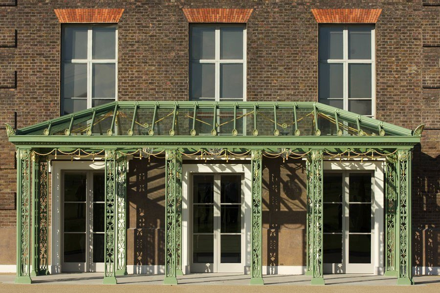 item1.rendition.slideshowHorizontal.kensington-palace-02-loggia