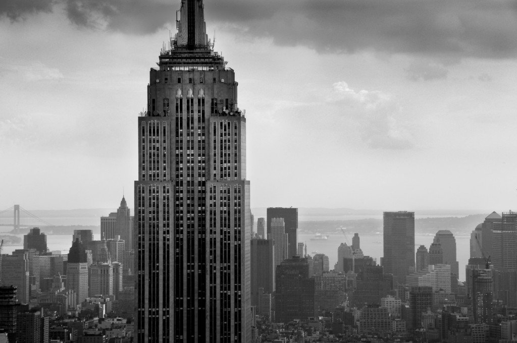 Black-and-White-Sky-View-Empire-State-Building-HD-Wallpaper