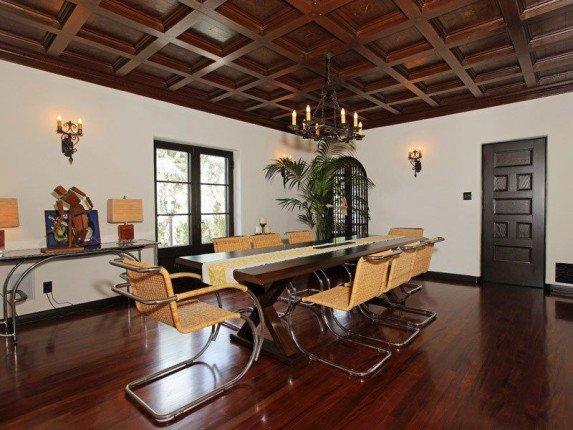 Dining-room-146043-573x430