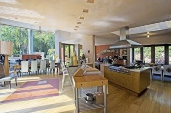 Chelsea-Handler-Rental-Home-1