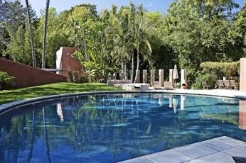 Chelsea-Handler-Rental-Home-2