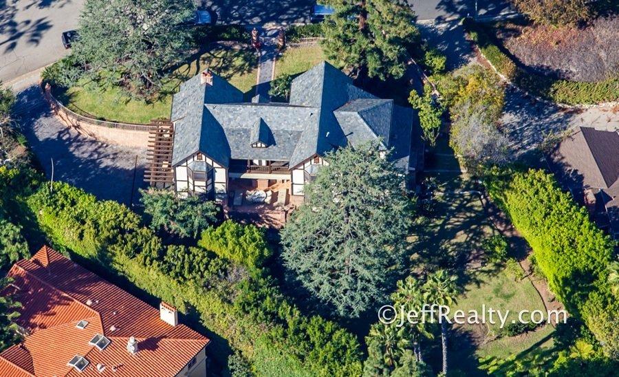 Bill Cosby S Hideaway Mansion In Los Angeles Urban Splatter