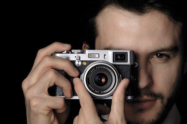 Fujifilm-X100s-Digital-Camera-1