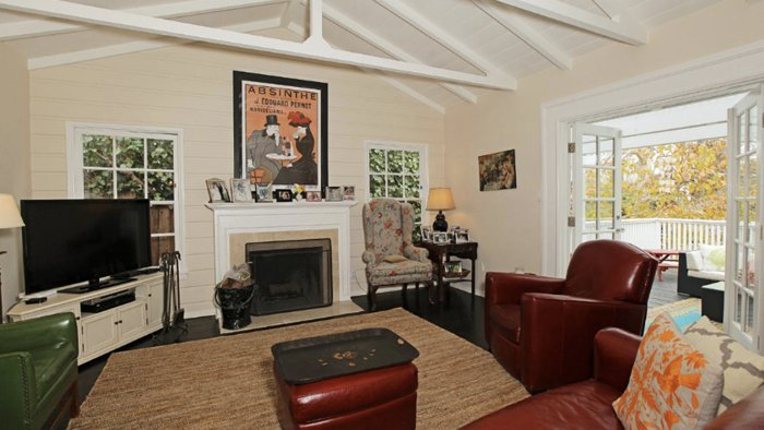 owen-wilson-living-room
