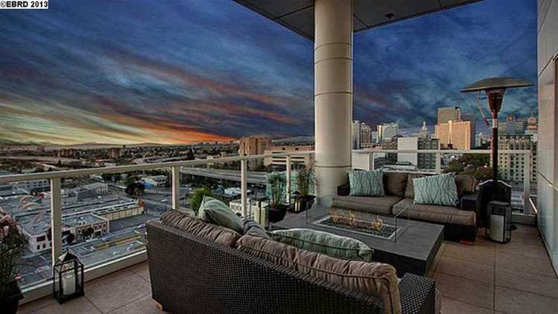 penthouse-patio-at-dusk