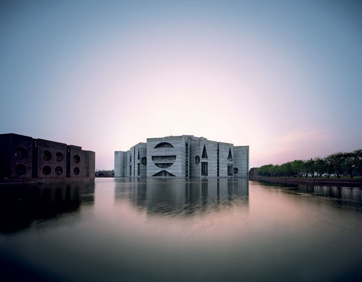 Louis-Kahn-The-Power-of-Architecture-yatzer-17