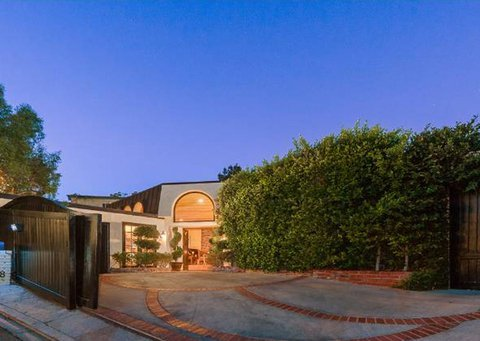 robin-thicke-sunset-strip-house-011-480w