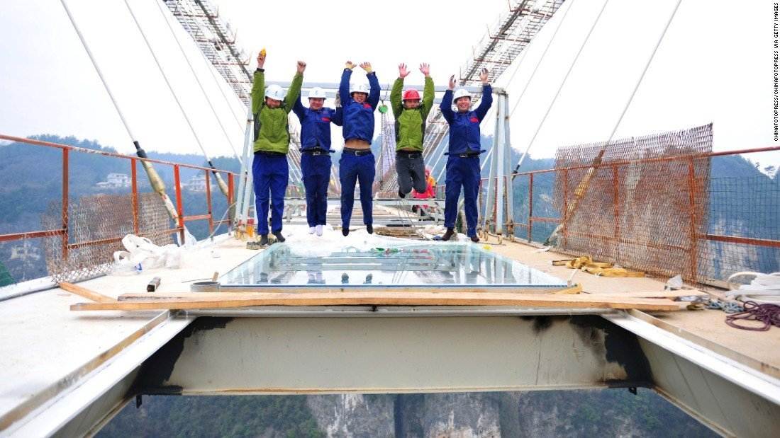 Zhangjiajie Glass Bridge Construction