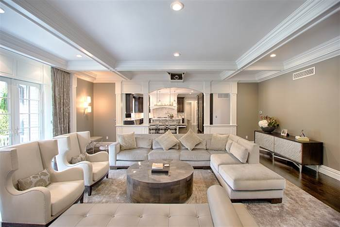 kevin-jonas-family-room-today-160719_931f3cd2bd3c6ceb3254f05d9dc4c2de.today-inline-large