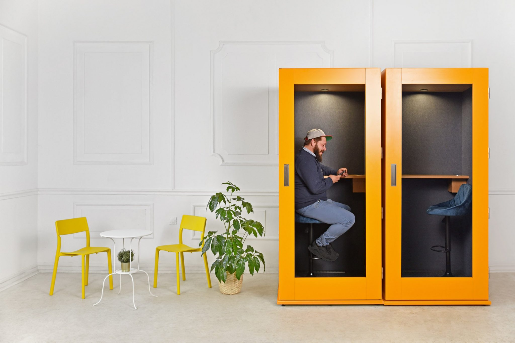 image of MEAVO phone booths