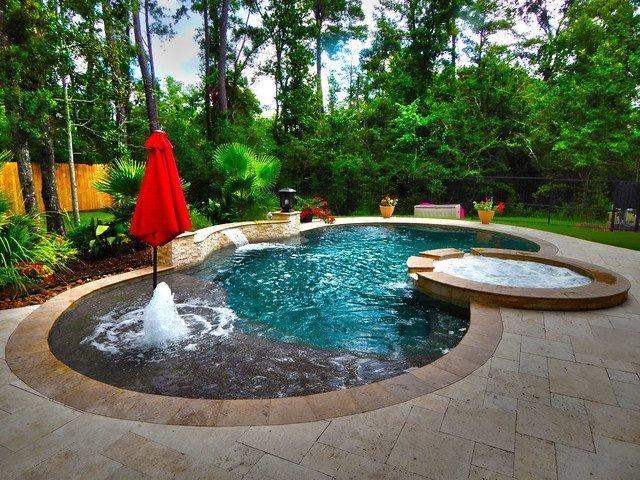 contemporary-pool.jpg