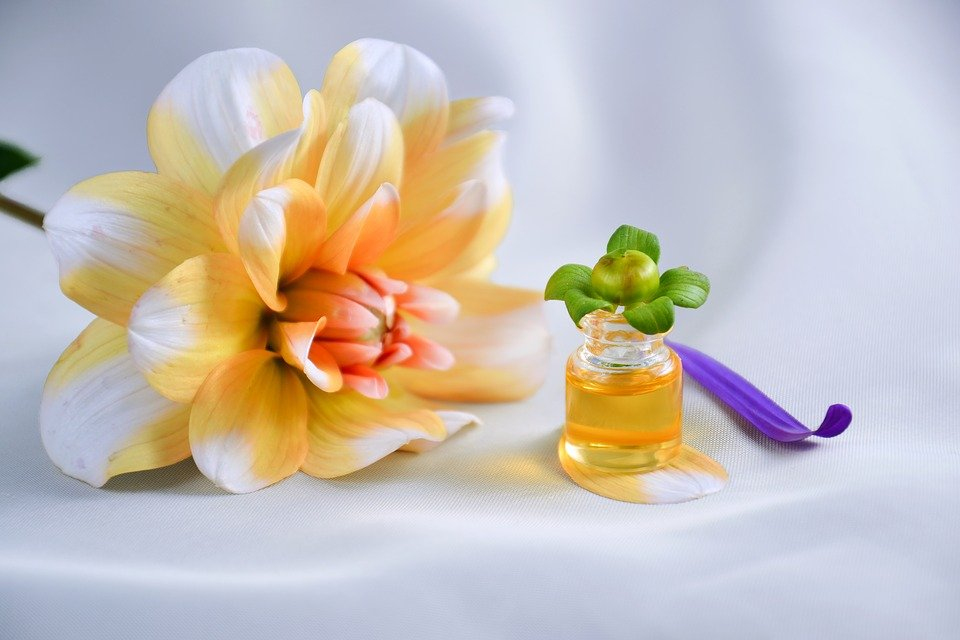 Essential Oil, Spa, Aromatherapy, Oil, Cosmetic Oil